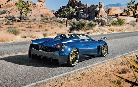 Pagani Huayra Roadster Unveiled; Lighter, More Powerful