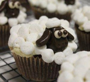 images  shaun  sheep cakes  pinterest