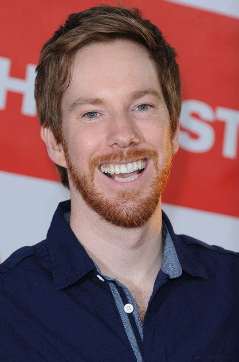 chris owen the sherminator apr 232 s american pie le quot sherminator quot est devenu serveur