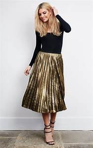 The 25+ best ideas about Gold Skirt Outfit on Pinterest | Black velvet dress Tutu skirts and ...