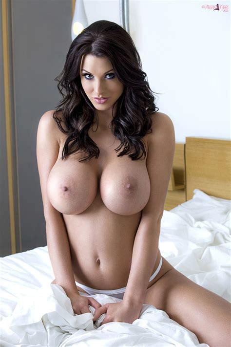 Pinup Files Alice Goodwin Model Debut At Dbnaked Com