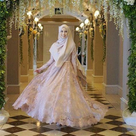 tren model kebaya muslim syari modern  hijabtuts