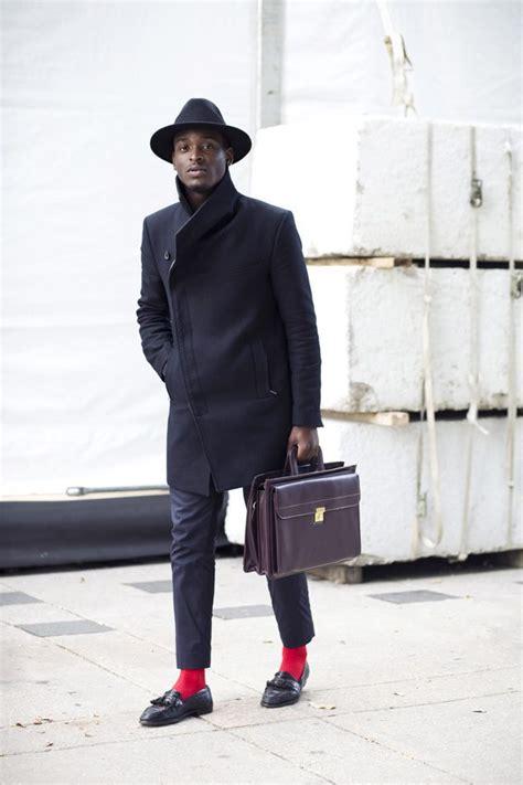 #street #style #look #men #mensfashion #red #socks | Pinterest