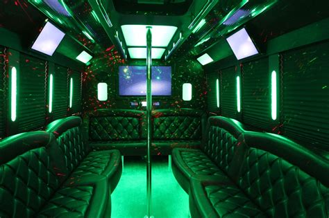 party buses    houston sams limousine