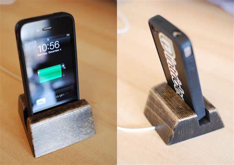 handmade wooden iphone dock gadgetsin