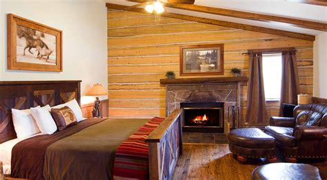 river cabin lodging   lazy  luxury dude ranch