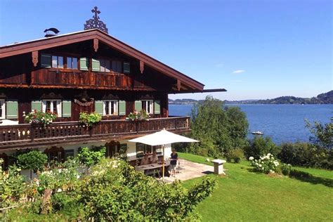 The cheapest way to get from hausham to gmund am tegernsee costs only 1€, and the quickest way takes just 9 mins. Kainzenhof am Tegernsee – Urlaub im Denkmal