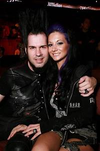A Lesson In Respect  Tera Wray Static Addresses Fans And