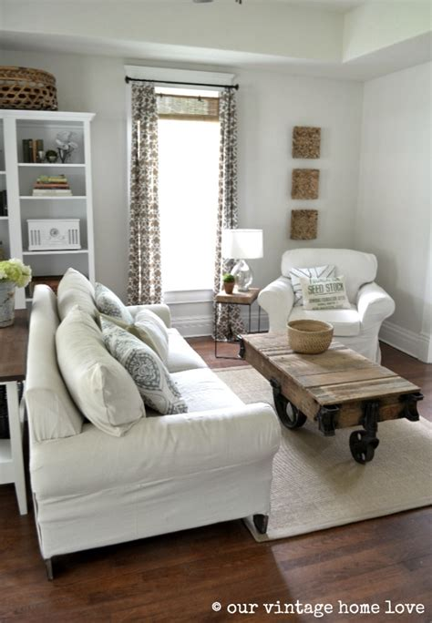 Living Room Ideas For Small Spaces by Ideas For Small Living Spaces