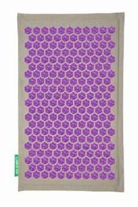 champ de fleurs tapis d39acupression mal de dos mon avis With tapis chambre bébé avec tapis de fleurs pour mal de dos