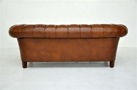 chesterfield sofa brown leather brown leather chesterfield sofa baker image 10