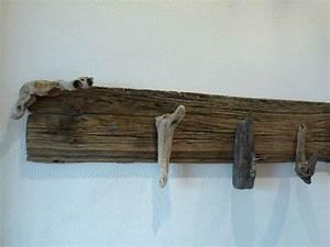 Meuble En Bois Flotté : exemple patere en bois flotte ~ Preciouscoupons.com Idées de Décoration