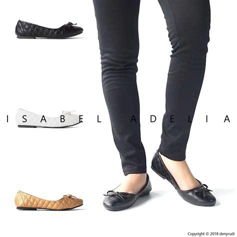 Flatshoes Hitam Gold adelia flat shoes wanita hitam putih gold
