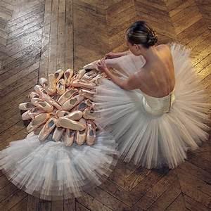 Danseuse ballerine tutu danse classique parquet for Parquet de danse