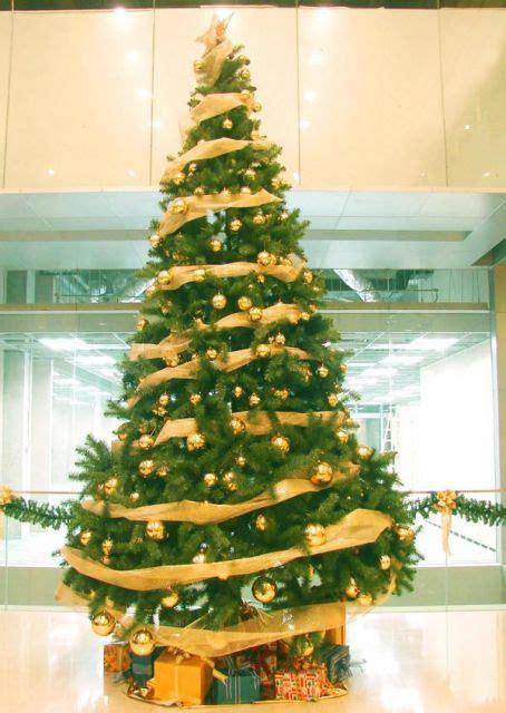 arvore de natal dourada  ideias chiquerrimas de decoracao