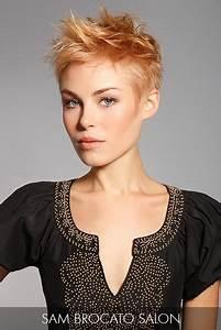 Coiffures Courtes Dégradées : pingl par 520 250 6790 sur hair highlights pinterest ~ Melissatoandfro.com Idées de Décoration