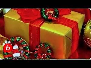 How to Make Mini Christmas Wreath Decorations