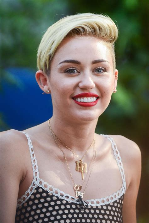 miley cyrus   sick   short hair stylecaster