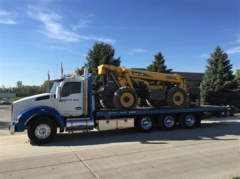 Towing And Hauling by Heavy Duty Towing Equipment Hauling Hadley S