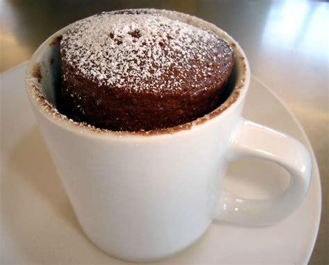 how to make mug cake cake in a mug le petit g 226 teau du dimanche soir lesdenicheuses fr
