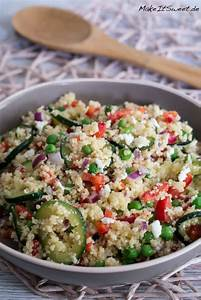 Salat Mit Zucchini : couscous salat mit zucchini feta paprika und erbsen ~ Lizthompson.info Haus und Dekorationen
