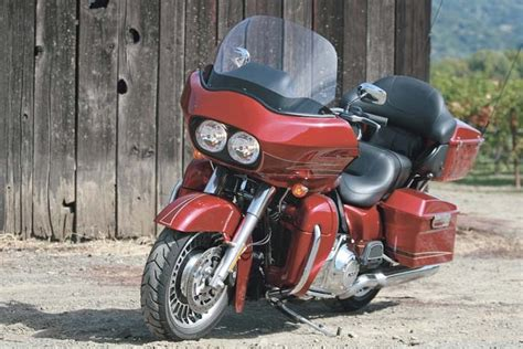 Review Harley Davidson Road Glide Ultra by Harley Davidson Fltru Road Glide Ultra 2012 Ride Review