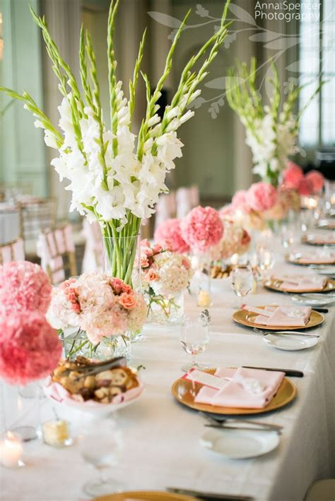 anna  spencer photography floral centerpieces