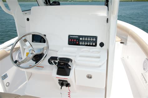 Boat Center Console Hatches by Research 2015 Everglades Boats 255cc On Iboats