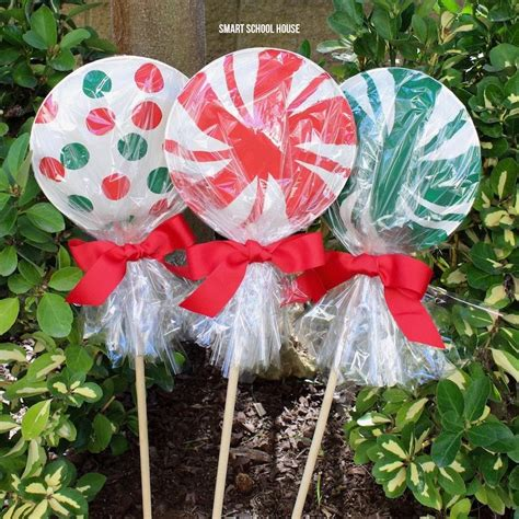 giant paper plate lollipops for christmas super cute as