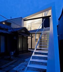 apollo architects and associates: ARROW house