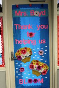 Door Decorating Themes : Awesome Door Decorating Ideas