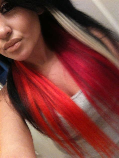 Top Half Black With A Side Blonde Strand Bottom Half Red