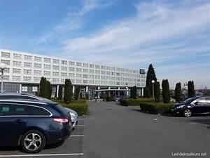 Parking Autour De Roissy : un parking pas cher roissy utilisez le service mobypark ~ Medecine-chirurgie-esthetiques.com Avis de Voitures