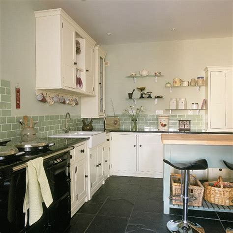 retro kitchen ideas retro shaker style kitchen kitchen design decorating