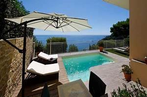 Les plus belles piscines 2014 page 2 batinfo for Piscine forme libre avec plage 3 plage immergee et piscine diffazur piscines