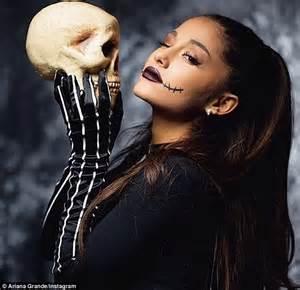 Résultat d'images pour ariana halloween