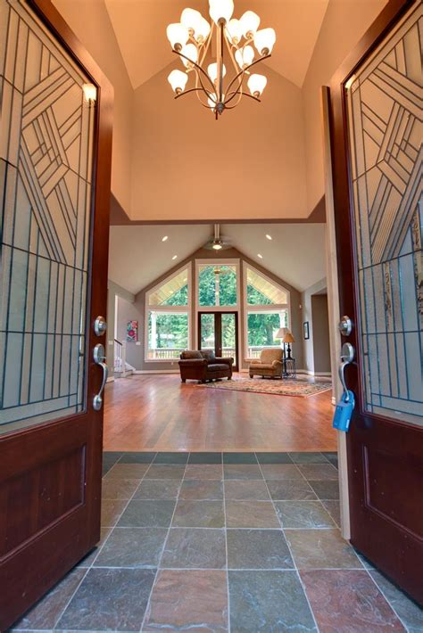 56 Beautiful And Luxurious Foyer Designs Page 3 Of 11