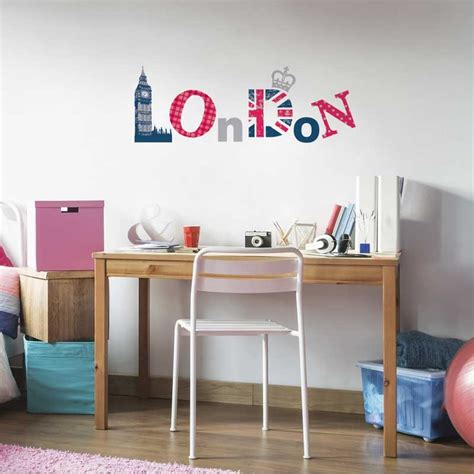 stickers chambre ado fille sticker mural quot girly quot motif ado fille pour
