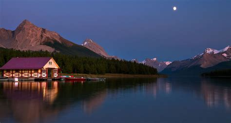 beautiful scenery pictures  canada