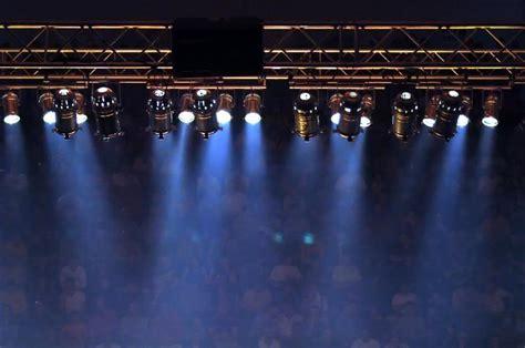 stage lighting equipment  winlightscom deluxe