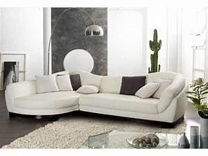 Salon Cuir Blanc : je veux un canap blanc le blog de vente ~ Teatrodelosmanantiales.com Idées de Décoration