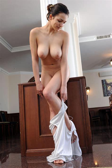 Bely Shiny Flowers Models Nude Mega Porn Pics