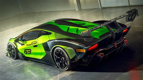 Lamborghini Essenza SCV12 Pictures