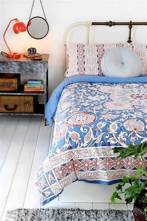 Outfitter Bedding by Magical Thinking Vayaa Duvet Cover I Outfitters