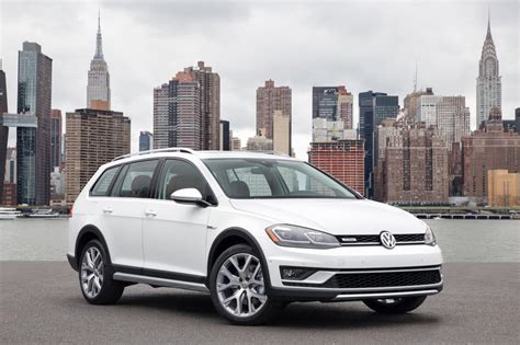 volkswagen golf alltrack sales slowing golf wagon totals soar