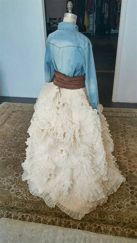 country chic unique wedding dress ruffled