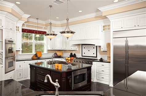 Beautiful White Luxury Kitchen Designs (pictures