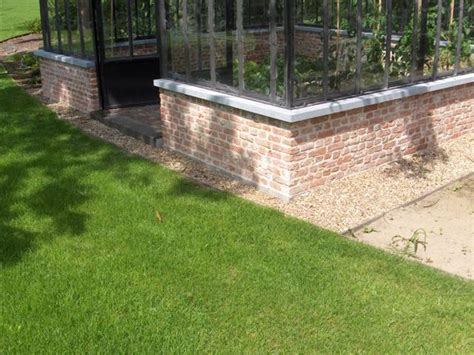 serre de jardin en verre avec des profils en fer forg 233 dbg classics