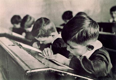 la buona scuola vista dalle scrivanie dei lavoratori miur