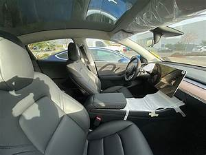 Here Are the First Images of the Tesla Model Y Interior in the Wild - autoevolution